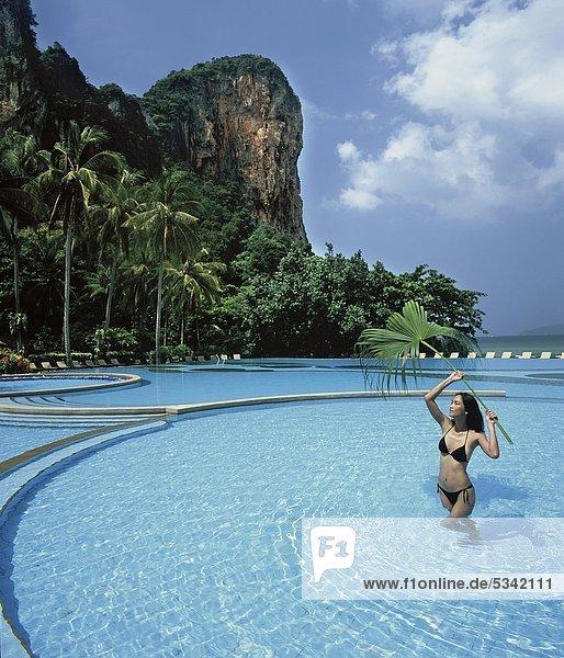 Frau Urlaub Krabi Thailand