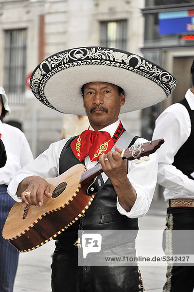 Mexikanischer Musiker  Puerta del Sol  Madrid  Spanien  Europa