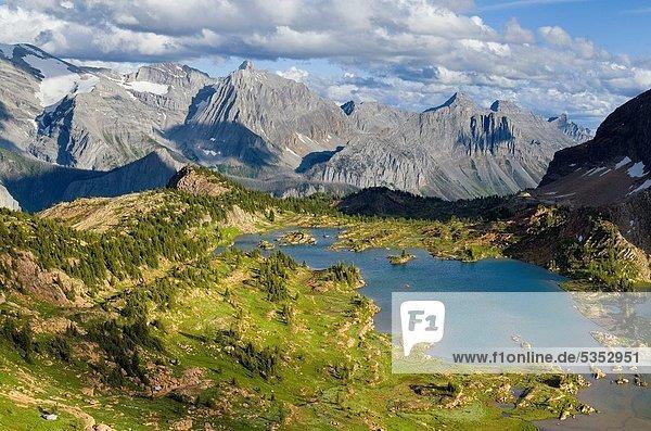 hoch  oben  Ländliches Motiv  ländliche Motive  Rocky Mountains  britisch  Kanada