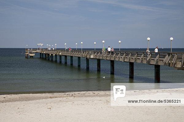 Seebrücke  Heiligendamm  Bad Doberan  Ostsee  Mecklenburg-Vorpommern  Deutschland  Europa