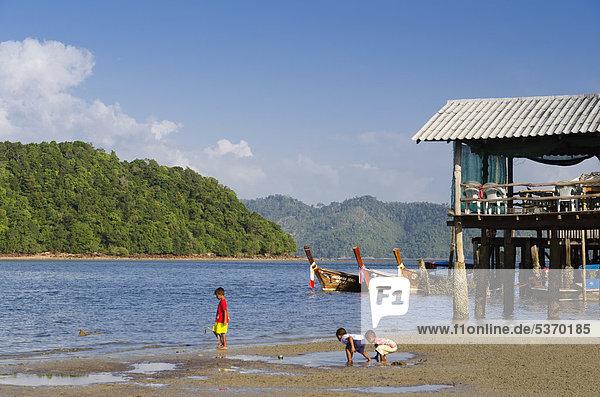 Gebäude Dorf Insel Südostasien verboten Krabi Thailand