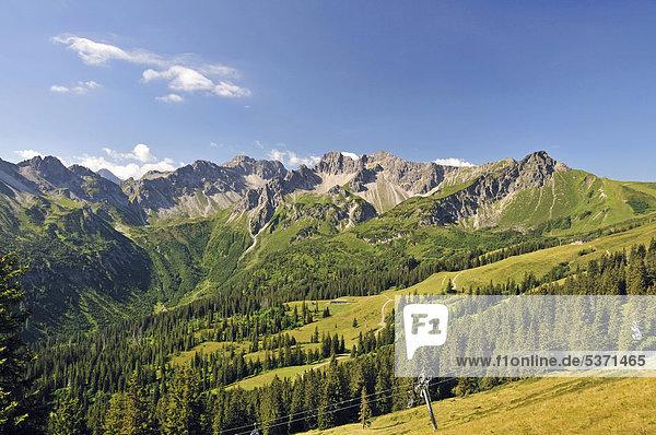 Schafalpenkopf  Hammerspitze und Kanzelwand  Allgäuer Alpen  Bayern  Deutschland  Europa  ÖffentlicherGrund