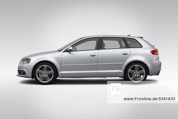 2012 Audi A3 2.0T Premium in Silber - Treiber Seite Profil