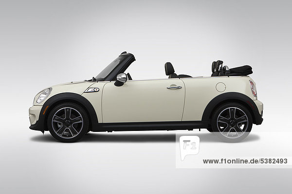 2012 Mini Cooper S in weiß - Treiber Seite Profil