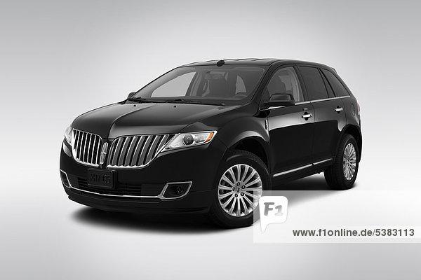 schwarz frontal Ansicht Flachwinkelansicht Vierradantrieb Winkel Lincoln