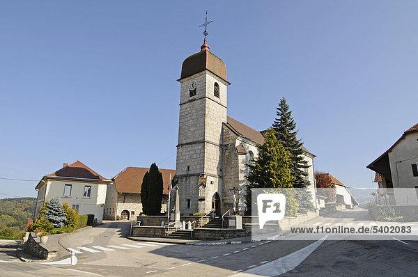 Kirche Saint-Maurice  Ouhans  Pontarlier  Departement Doubs  Franche-Comte  Frankreich  Europa  ÖffentlicherGrund