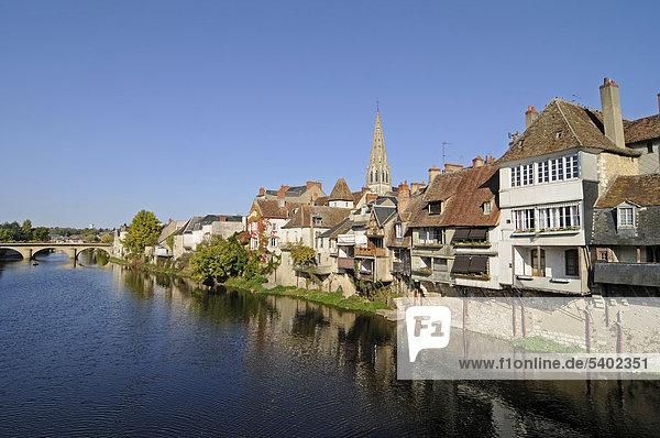 Fluss Creuse  Argenton-sur-Creuse  Gemeinde  Chateauroux  Departement Indre  Centre  Frankreich  Europa  ÖffentlicherGrund