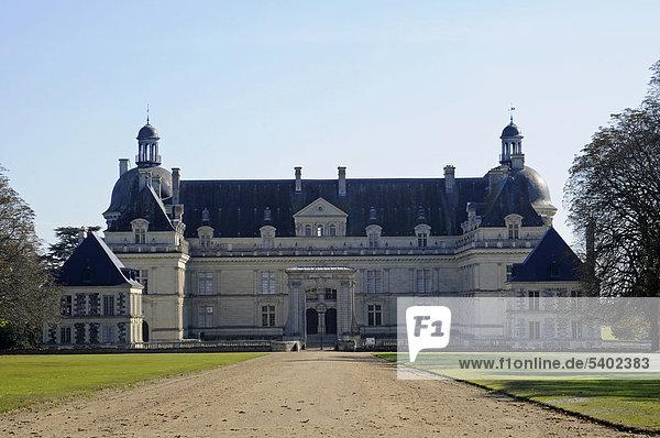 Chateau de Serrant Schloss  Saint-Georges-sur-Loire  Angers  Departement Maine-et-Loire  Pays de la Loire  Frankreich  Europa  ÖffentlicherGrund