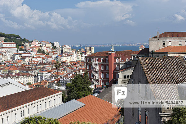 Overview over Alfama district and SÈ Cathedral  Lisbon  Portugal  Europe