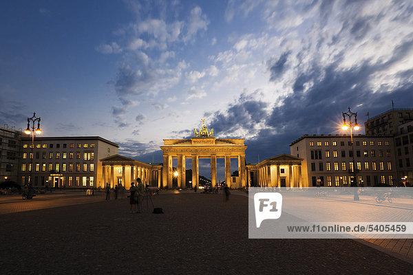 Brandenburg Gate  night shot  Berlin  Germany  Europe