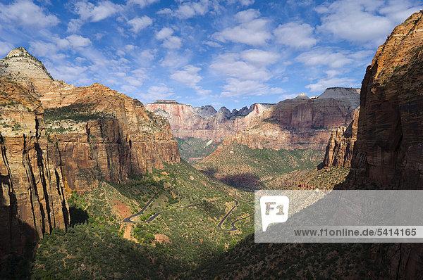 Canyon Overlook  Zion Nationalpark  Utah  USA
