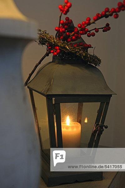 verbrennen Kerze Laterne - Beleuchtungskörper Zweig
