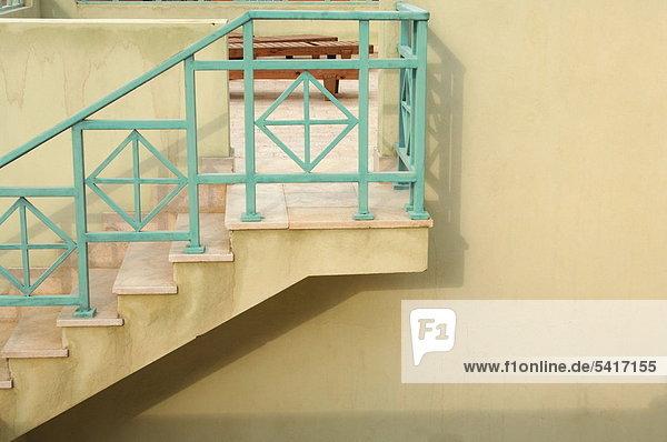 Treppen und Terrasse eines Hauses