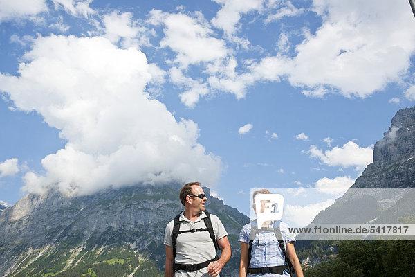 Wandern in den Schweizer Bergen  Berner Oberland  Grindelwald  Schweiz  Europa