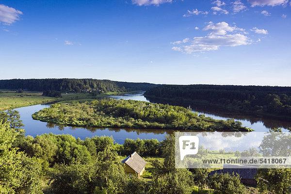Zusammenfluss des Nemunas und des Merkis Flusses in der Nähe von Merkine  Nationalpark Dzukijos  Litauen  Europa