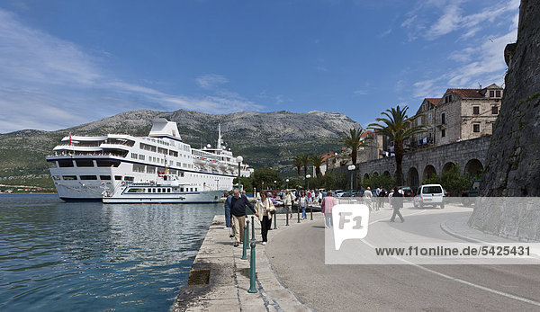 Port of Korcula with cruise liner  central Dalmatia  Dalmatia  Adriatic coast  Croatia  Europe  PublicGround