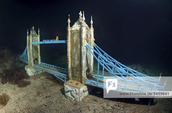 Unterwassermuseum  Tower Bridge  Replik  Kap Tarhankut  Tarhan Qut  Krim  Ukraine  Osteuropa  Europa
