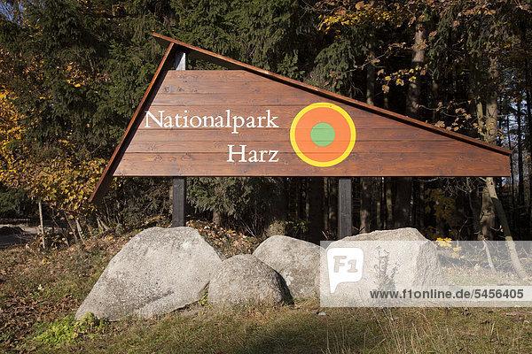 Schild Nationalpark Harz  Drei-Annen-Hohne  Nationalpark Harz  Sachsen-Anhalt  Deutschland  Europa  ÖffentlicherGrund Schild Nationalpark Harz, Drei-Annen-Hohne, Nationalpark Harz, Sachsen-Anhalt, Deutschland, Europa, ÖffentlicherGrund