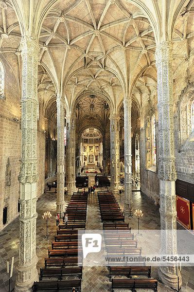 Innenansicht  Santa Maria Kirche  Mosteiro dos JÈronimos  Hieronymus-Kloster  Unesco Weltkulturerbe  Belem Viertel  Lissabon  Lisboa  Portugal  Europa
