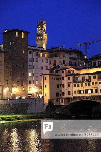 Italy  Tuscany  Florence  Arno River  Ponte Vecchio  Old Bridge