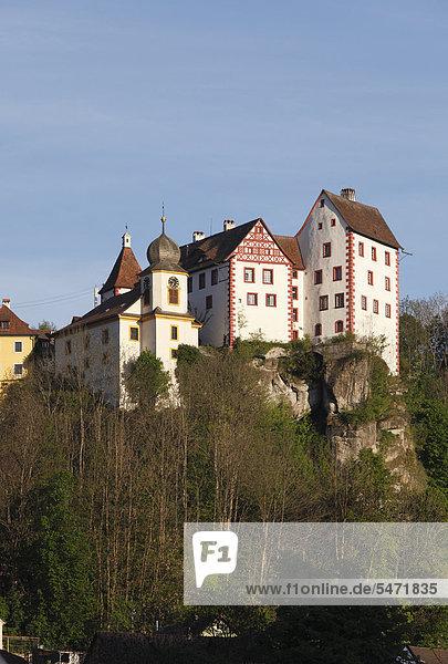 Burg Egloffstein  Fränkische Schweiz  Oberfranken  Franken  Bayern  Deutschland  Europa  ÖffentlicherGrund