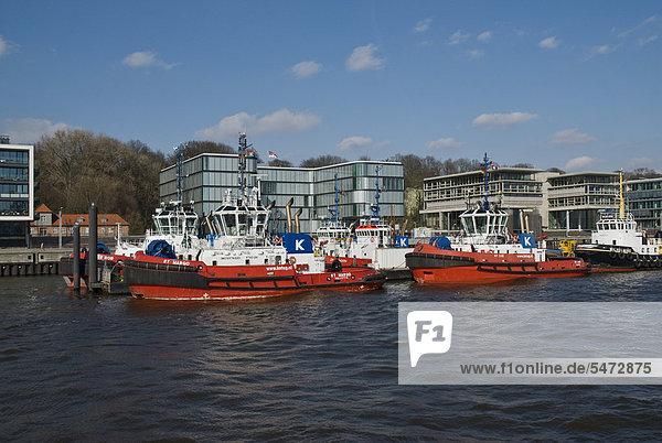 Hafenschlepper im Hamburger Hafen  Elbe  Hamburg  Deutschland  Europa
