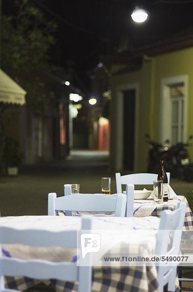 Griechenland  Ionische Inseln  Ithaka  Blick auf leere Taverne