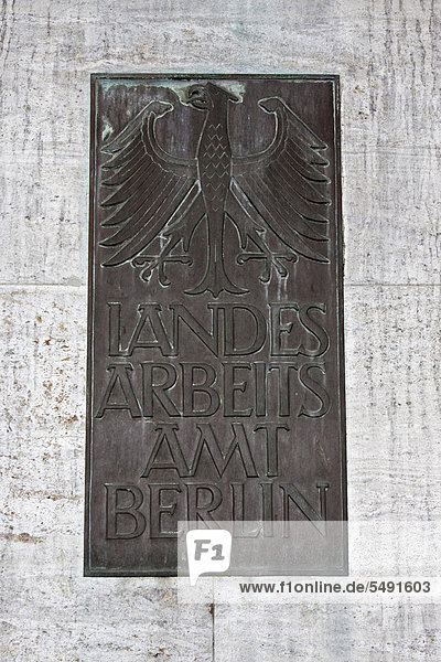 Schild  Landesarbeitsamt Berlin  Berlin  Deutschland  Europa
