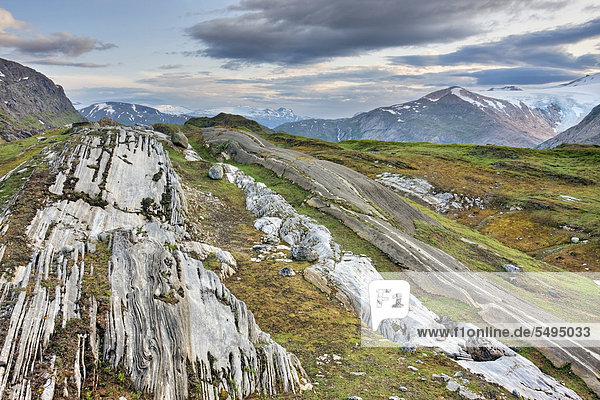 Glacier way in Glomdalen valley  Saltfjellet-Svartisen National Park  Nordland county  Norway  Scandinavia  Europe