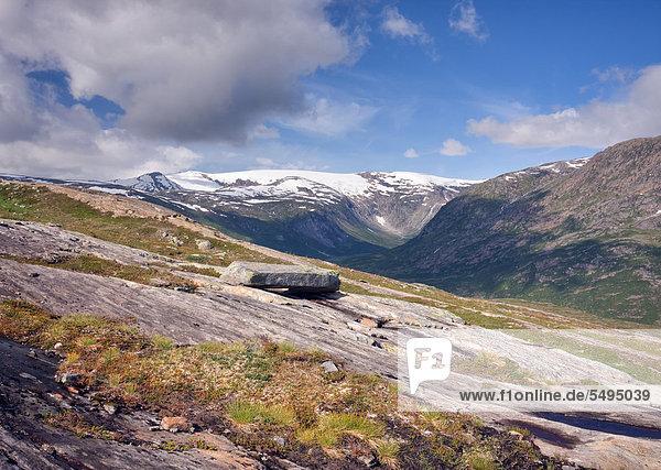 Bjellåga  Bjellaga Tal mit dem Lappbreen-Gletscher  Saltfjellet-Svartisen-Nationalpark  Provinz Nordland  Norwegen  Skandinavien  Europa