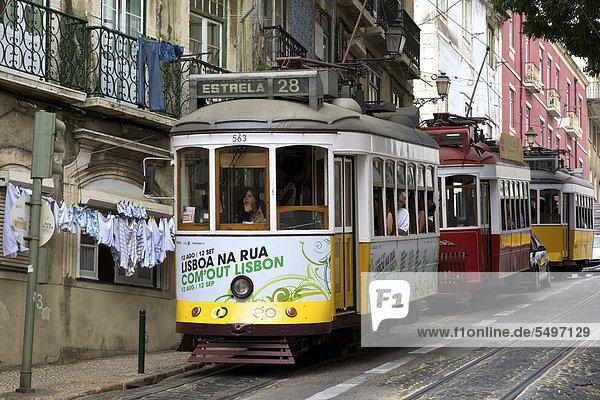 Straßenbahnen Linie 28  Stadtviertel Alfama  Lissabon  Portugal  Europa