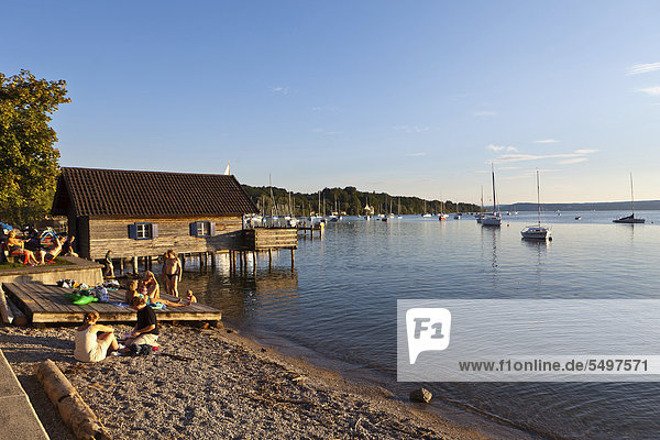 View of Ammersee Lake  Lake Ammer  evening light  Herrsching am Ammersee  Upper Bavaria  Bavaria  Germany  Europe  PublicGround