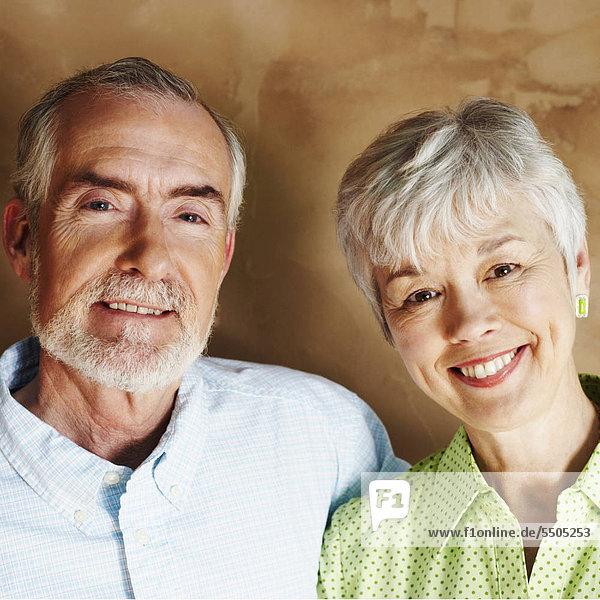 Senior Senioren Portrait Frau Mann lächeln reifer Erwachsene reife Erwachsene
