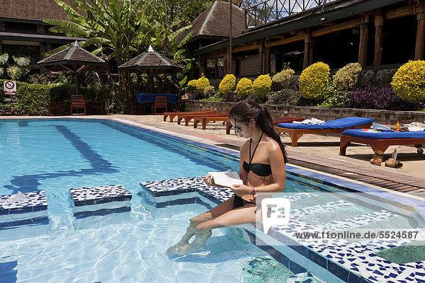 Ostafrika  Buch  schwimmen  Taschenbuch  Afrika  Kenia  vorlesen