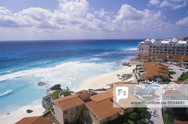 Hotel  beach of Cancun  Caribbean  Quintana Roo  Yucatan Peninsula  Mexico  North America