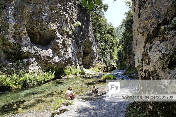 Fluss Vis  Cirque de Navacelles  Blandas  Causses und Cevennen  mediterrane agrarische Weide-Kulturlandschaft  UNESCO Weltkulturerbe  Gard  Frankreich  Europa