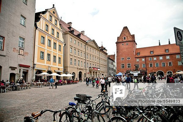 Europa  Quadrat  Quadrate  quadratisch  quadratisches  quadratischer  UNESCO-Welterbe  Bayern  Innenstadt  Deutschland  Regensburg  Oberpfalz