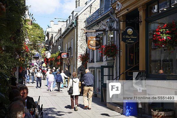 Petit Champlain street  Quebec City  UNESCO World Heritage Site  Quebec  Canada
