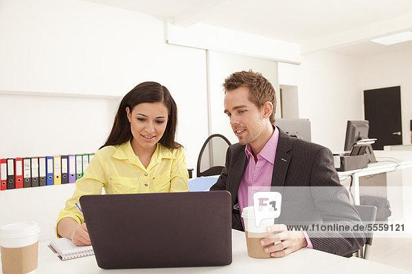 Mensch  arbeiten  Büro  Menschen  Business