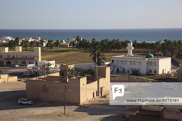 View over the town of Taqah  southern Oman  Arabian Peninsula  Middle East  Asia