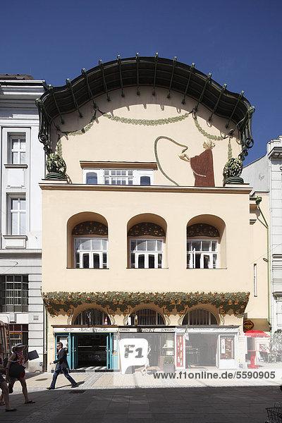 Olbrich-Haus  auch Stöhr-Haus  Jugendstilhaus in Kremser Gasse  St. Pölten  Mostviertel  Niederösterreich  Österreich  Europa  ÖffentlicherGrund