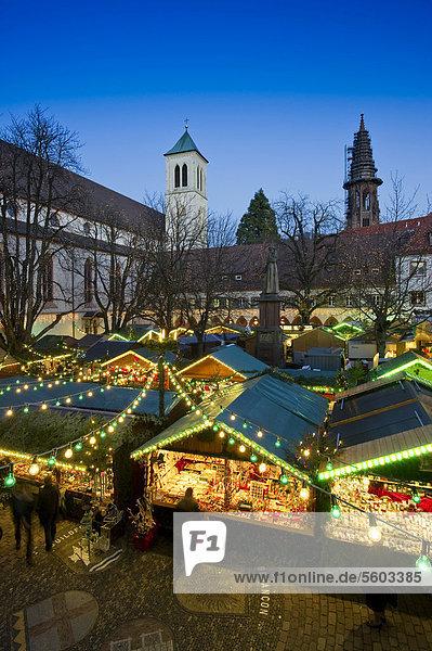 Weihnachtsmarkt  Freiburg  Schwarzwald  Baden-Württemberg  Deutschland  Europa Weihnachtsmarkt, Freiburg, Schwarzwald, Baden-Württemberg, Deutschland, Europa