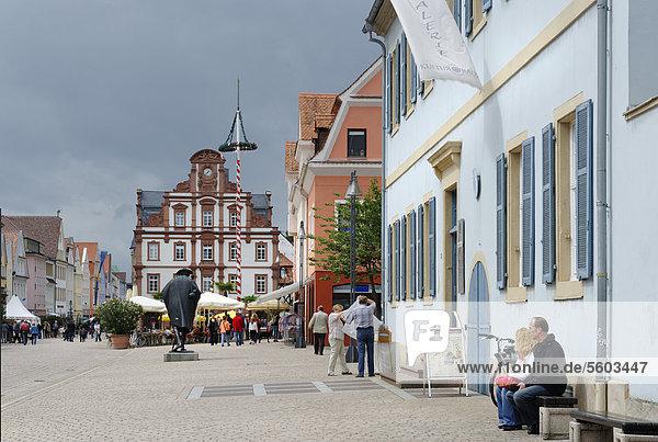 Maximilianstraße  Hauptstraße  Speyer  Rheinland-Pfalz  Deutschland  Europa