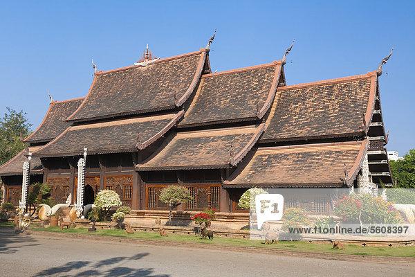 Tempel Wat Lok Molee oder Wat Lok Moli in Chiang Mai Thailand  Asien