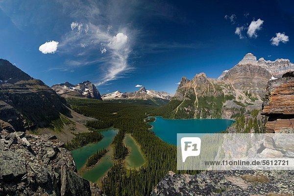 Landschaftlich schön  landschaftlich reizvoll  über  See  Rocky Mountains  kanadisch