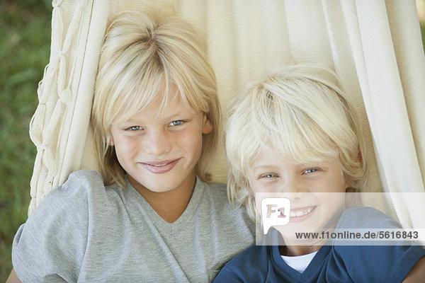 Junge Brüder  Portrait