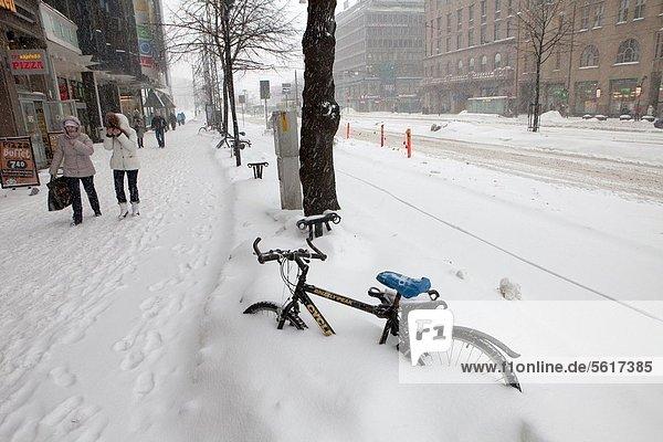 Helsinki  Hauptstadt  Schnee