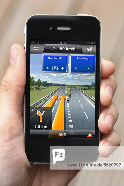 Iphone  Smartphone  App auf dem Display  Navigation  Routenplaner auf dem Handy per GPS  Navigon Software