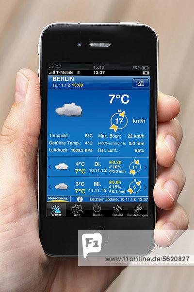 Iphone  Smartphone  Wettervorhersage  App auf dem Display