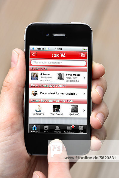 Iphone  Smartphone  App auf dem Display  soziales Netzwerk  StudiVZ